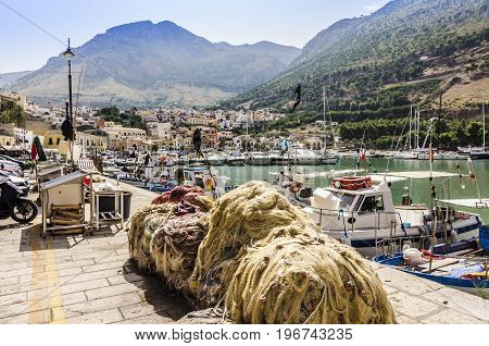 Fishing port and today also of yachts of castellamare of the gulf