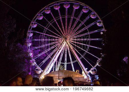 Giant Ferris Wheel