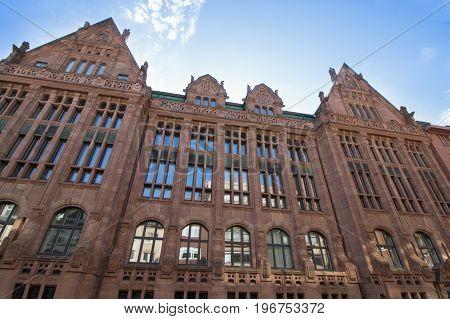 Der Stahlhof, ein historisches Gebäude in Düsseldorf
