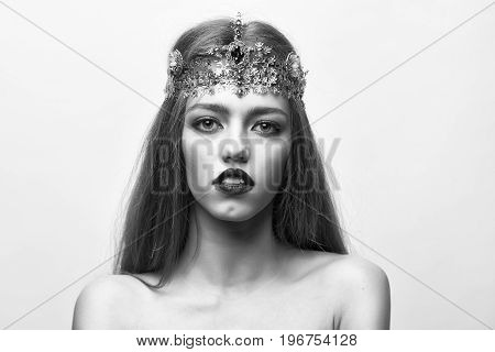 Queen Woman With Luxury Crown