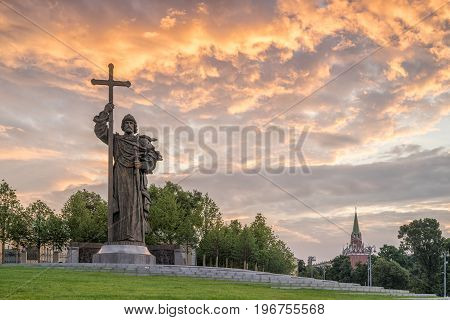 MOSCOW, RUSSIA - JULY 15, 2017: Monument to the Holy Prince Vladimir the Great on Borovitsky Square near the Kremlin. With illuminated clouds at dawn.