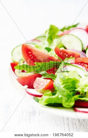 Summer salad with radish