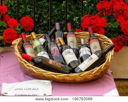 San Marino - Wine Basket
