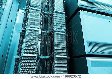 room, Telecom equipment and servers, the modern data center