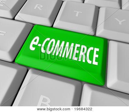 Eine Tastatur mit einem grünen Schlüssel lesen von e-Commerce, als Symbol für das online-Geschäft eine Web-basierte retai