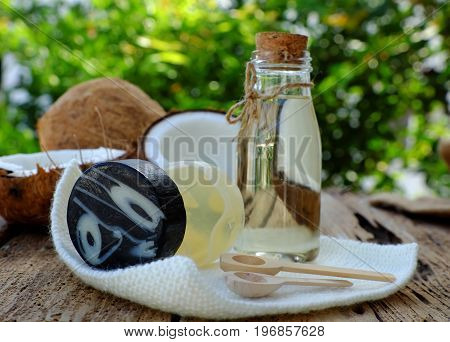 Natural Cosmetics From Coconut