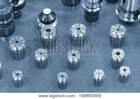 The tool collets set on the bubble absorb with component.The CNC machine component