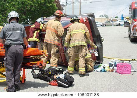 car accident crash collision emergency team injury
