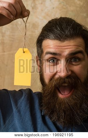 Guy Hold Shopping Tag.