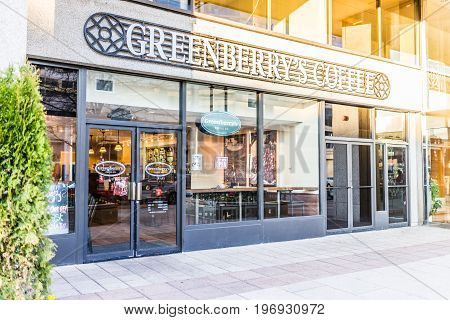 Washington Dc, Usa - March 4, 2017: Greenberrys Coffee Shop Sign And Entrance