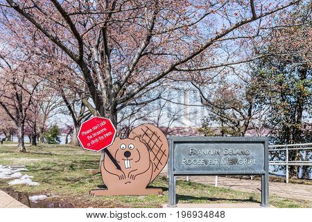 Washington Dc, Usa - March 17, 2017: Signs Of Franklin Delano Roosevelt Memorial And Beaver During C