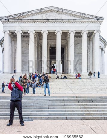 Washington Dc, Usa - March 17, 2017: People Taking Selfies In Front Of Thomas Jefferson Memorial Sta