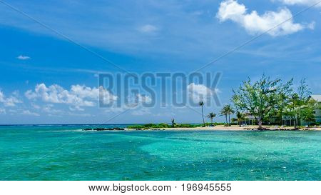 Rum Point coastline by the Caribbean sea, Grand Cayman