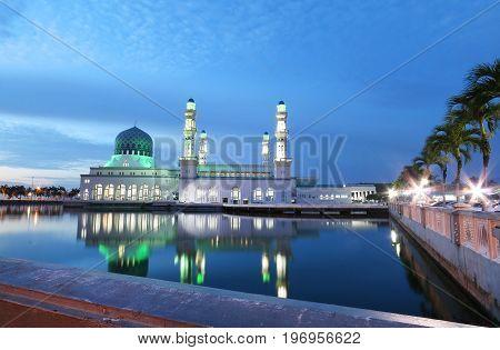 Kota Kinabalu City Mosque in Likas Bay, Kota kinabalu Sabah taken after sun down