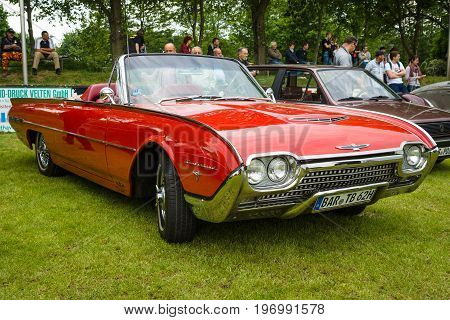 PAAREN IM GLIEN GERMANY - MAY 23 2015: Personal luxury car Ford Thunderbird (third generation). The oldtimer show in MAFZ.