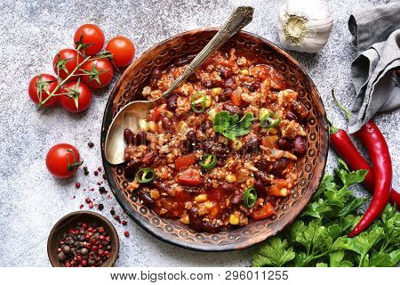 Chili Con Carne - Minced Meat Stew With Red Bean And Tomato.traditional Dish Of Mexican Cuisine.top