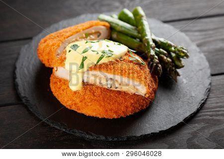 Crispy cordon bleu