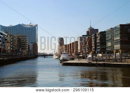 Hafencity: Sandtorhafen With Modern Architecture, Hamburg, Germany. Hafencity Is Located On The Elbe