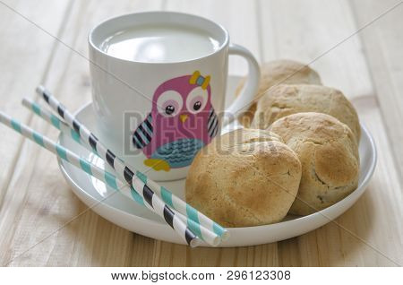 Buns With Cottage Cheese And Milk For Breakfast