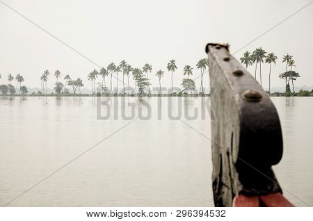 A House Boat Sails Through The Vembanad Lake In Kumarakom, Kerala