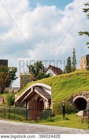 Cheonan,south Korea-september 2020: Hobbit Hole Cute Small House In Cheonan, South Korea