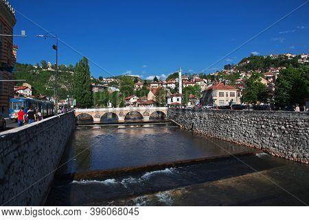 Sarajevo, Bosnia And Herzegovina - 28 Apr 2018: The Bridge In Sarajevo City, Bosnia And Herzegovina