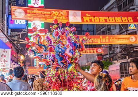 Bangkok/thailand-23 Jan 2020:unacquainted People Walking In Yaowarat China Town At Bangkok City Thai