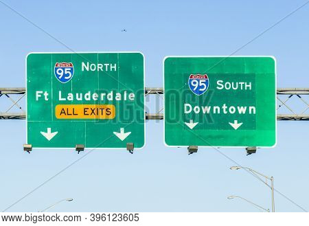 Miami, Usa - August 27, 2014: Signage At Highway For Driving The Miami Highway From The Airport Dire