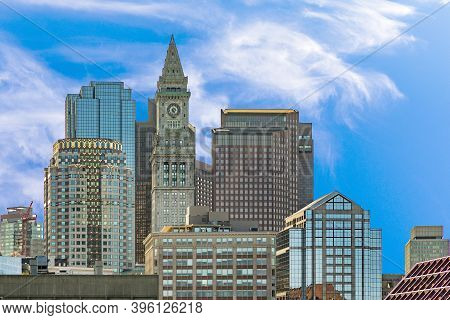 Boston, Usa - Sep 12, 2017: View To Skyline Of Boston With Clock Tower And Modern Skyscraper