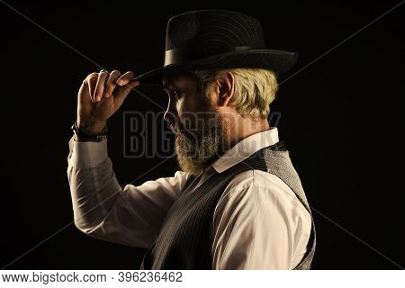 Past Centuries Trend. Retro Gentlemen. Mature Handsome Man. Man In Vintage Hat Side View. Brutal Bea