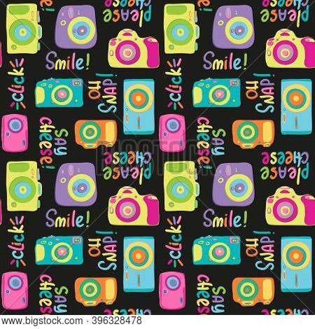 Seamless Camera And Lettering Pattern. Hand Drawn Retro Colorful Photos And Phrases Smile Please Say