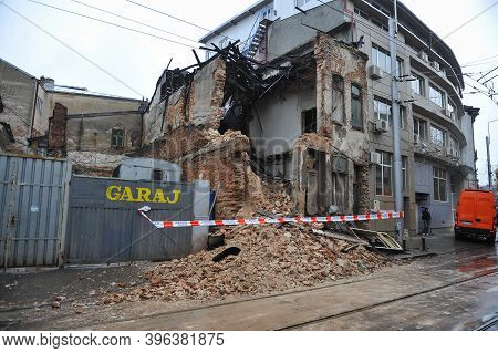 Bucharest, Romania - April 6, 2010: Remains Of A Collapsed Old Building On A Street Of Bucharest.