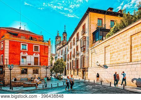 Street Of Madrid In The Downtown Of The City With Tourists And P