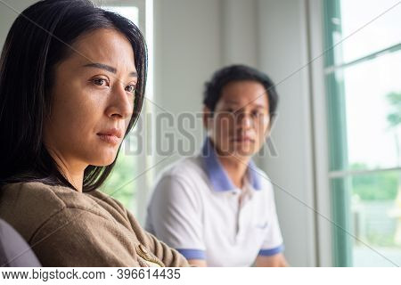 The Face Of The Wife Is Sad And Angry Husband After Having Divorced Love Trouble. Concepts Of Lovers