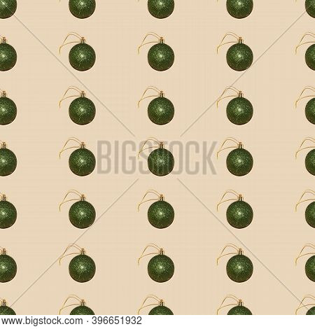 Glitter Bottle Green Christmas Bauble Seamless Pattern On Beige Background Perfect Festive Backdrop