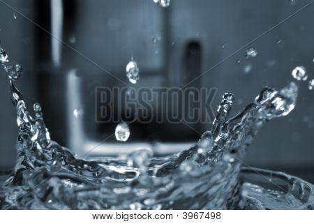 Water Splash Freeze