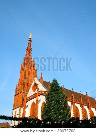 Marienkapelle in W�rzburg at Christmas