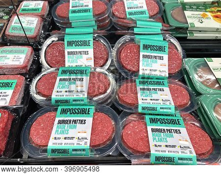 Alameda, Ca - Nov 13, 2020:  Grocery Store Refrigerator Section With Impossible Burger Brand Plant B