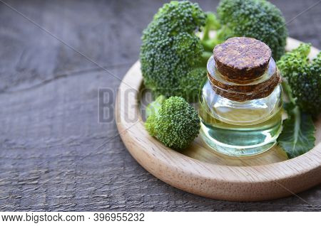 Broccoli Seed Essential Oil In A Glass Bottle For Skin Care, Naturopathy And Wellness.selective Focu