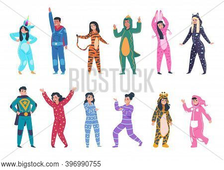 People In Pajamas. Cartoon Young Men And Women Wear Cozy Clothes For Sleeping. Isolated Funny Suits