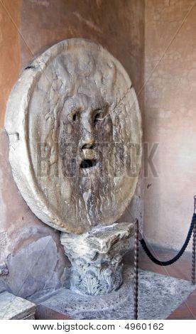 The Mouth Of Truth, La Bocca Della Verità