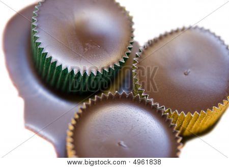 Chocolate  Filled Metal Tins