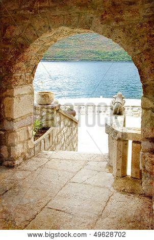 mediterranean islands - arch view