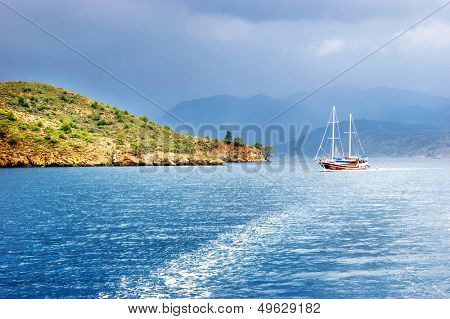 sea with yacht befor  thunderstorm