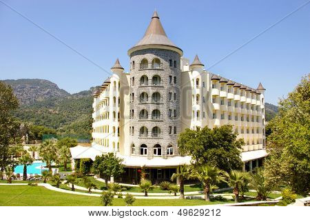 castle-hotel in mountains