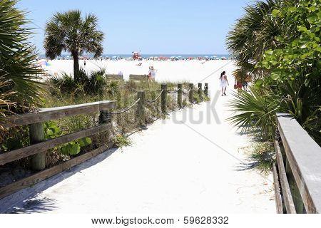 Siesta Beach Entrance