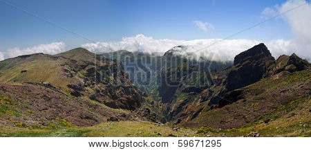 Pico Do Areeiro Valley, Madeira