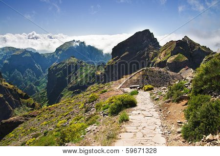 Pico Do Areeiro Mountain Trek, Madeira