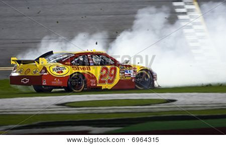 Nascar:  February 6 Budweiser Shootout