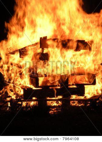 Burning Pallets